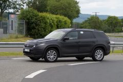 Škoda Kodiaq 2017 (1) (spionage)