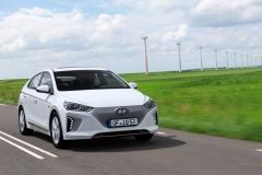 Hyundai IONIQ Electric 2016 (12)