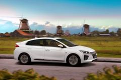 Hyundai IONIQ Electric 2016 (17)
