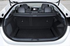 Hyundai IONIQ Hybrid 2016 (21)