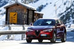 Alfa Romeo Stelvio 2017 (20)