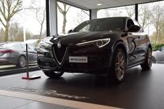 Alfa Romeo Stelvio 2017 (showroom debuut) (1)