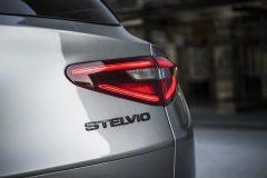 Alfa Romeo Stelvio B-Tech (6)