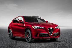 Alfa Romeo Stelvio Quadrifoglio 2017 (1)
