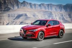 Alfa Romeo Stelvio Quadrifoglio 2018 (16)