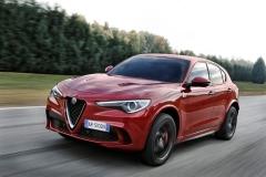 Alfa Romeo Stelvio Quadrifoglio 2018 (2)