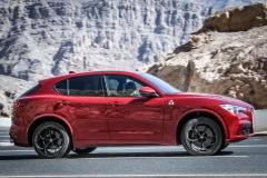 Alfa Romeo Stelvio Quadrifoglio 2018 (22)