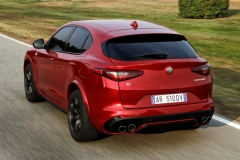 Alfa Romeo Stelvio Quadrifoglio 2018 (8)