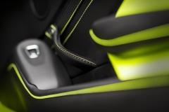 Aston Martin Vantage 2018 (21)