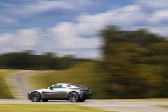Aston Martin Vantage 2018 (26)