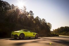 Aston Martin Vantage 2018 (4)