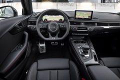 Audi A4 S-line Black Edition 2017 (5)