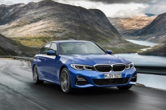 P90323664_highRes_the-all-new-bmw-3-se (1)