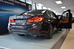 BMW 5 Serie Sedan 2017 (showroom debuut) (6)