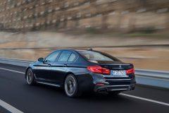 BMW M550i xDrive 2017 (4)