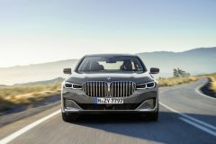 P90333061_highRes_the-new-bmw-7-series