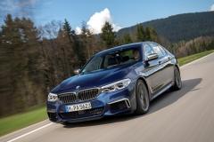 BMW M550i xDrive 2017 (14)