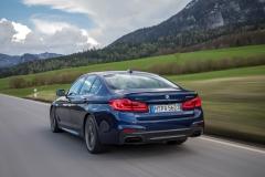 BMW M550i xDrive 2017 (15)