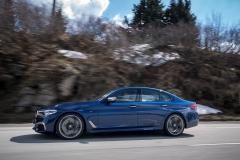 BMW M550i xDrive 2017 (19)