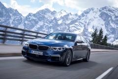 BMW M550i xDrive 2017 (2)