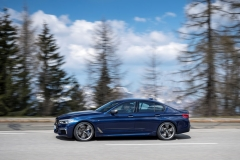 BMW M550i xDrive 2017 (21)