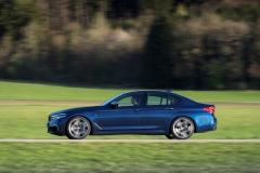 BMW M550i xDrive 2017 (23)