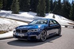 BMW M550i xDrive 2017 (6)