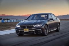 BMW M760Li xDrive 2017 (21)