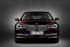 BMW M760Li xDrive V12 Excellence 2017 (24)