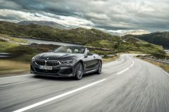 P90327623_highRes_the-new-bmw-8-series