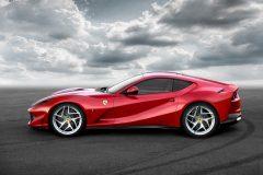 Ferrari 812 Superfast 2017 (5)