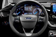Ford Fiesta 2017 (10)
