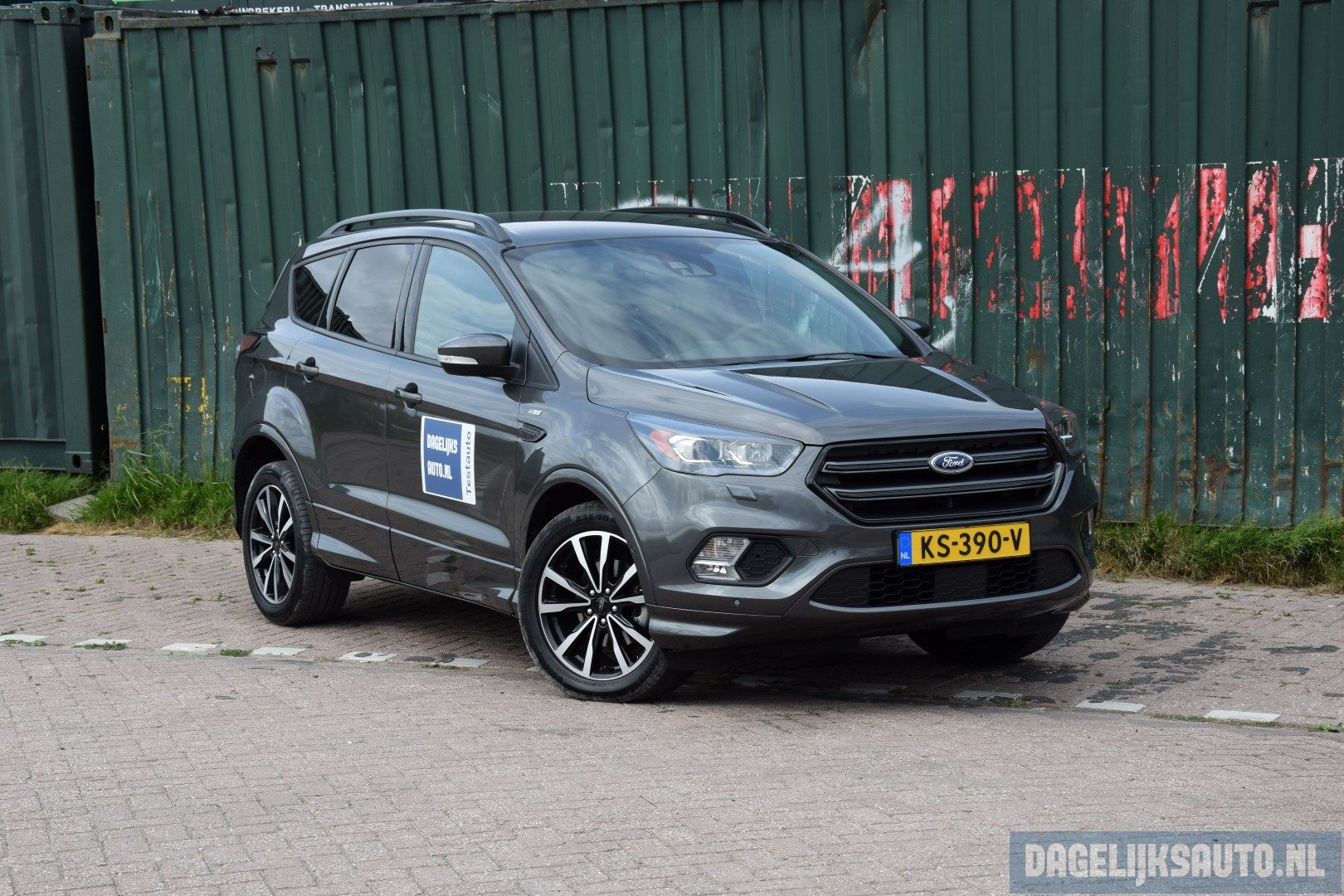 rijbeleving ford kuga st line 1 5 ecoboost. Black Bedroom Furniture Sets. Home Design Ideas