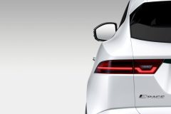 Jaguar E-Pace 2017 (3)