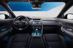 Jaguar E-Pace 2018 (5)