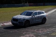 Jaguar F-Pace SVR 2017 (spionage) (5)