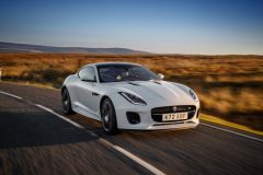 03-Jag_F-TYPE_20MY_Chequered_Flag_Image_291018_040