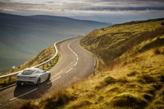 06-Jag_F-TYPE_20MY_Chequered_Flag_Image_291018_063