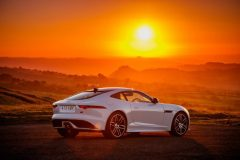 09-Jag_F-TYPE_20MY_Chequered_Flag_Image_291018_100