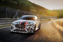 Jaguar XE SV Project 8 2017 (1)