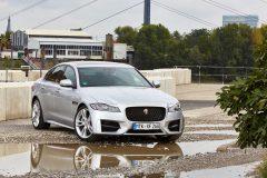 Jaguar XF 2016 (44)