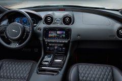 Jaguar XJR575 2017 (10)
