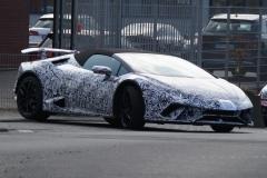 Lamborghini Huracán Spyder Performante 2018 (spionage) (1)