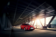Lexus IS 300h 2017 (5)