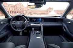 Lexus LC 500 2017 (57)