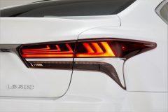 Lexus LS 500 F Sport 2017 (9)