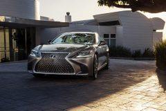 Lexus LS 2017 (18)