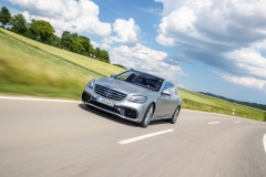 Mercedes-AMG S 63 4Matic+ Limousine 2017 (16)