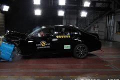 Mercedes-Benz E-Klasse Limousine 2016 (Euro NCAP) (1)