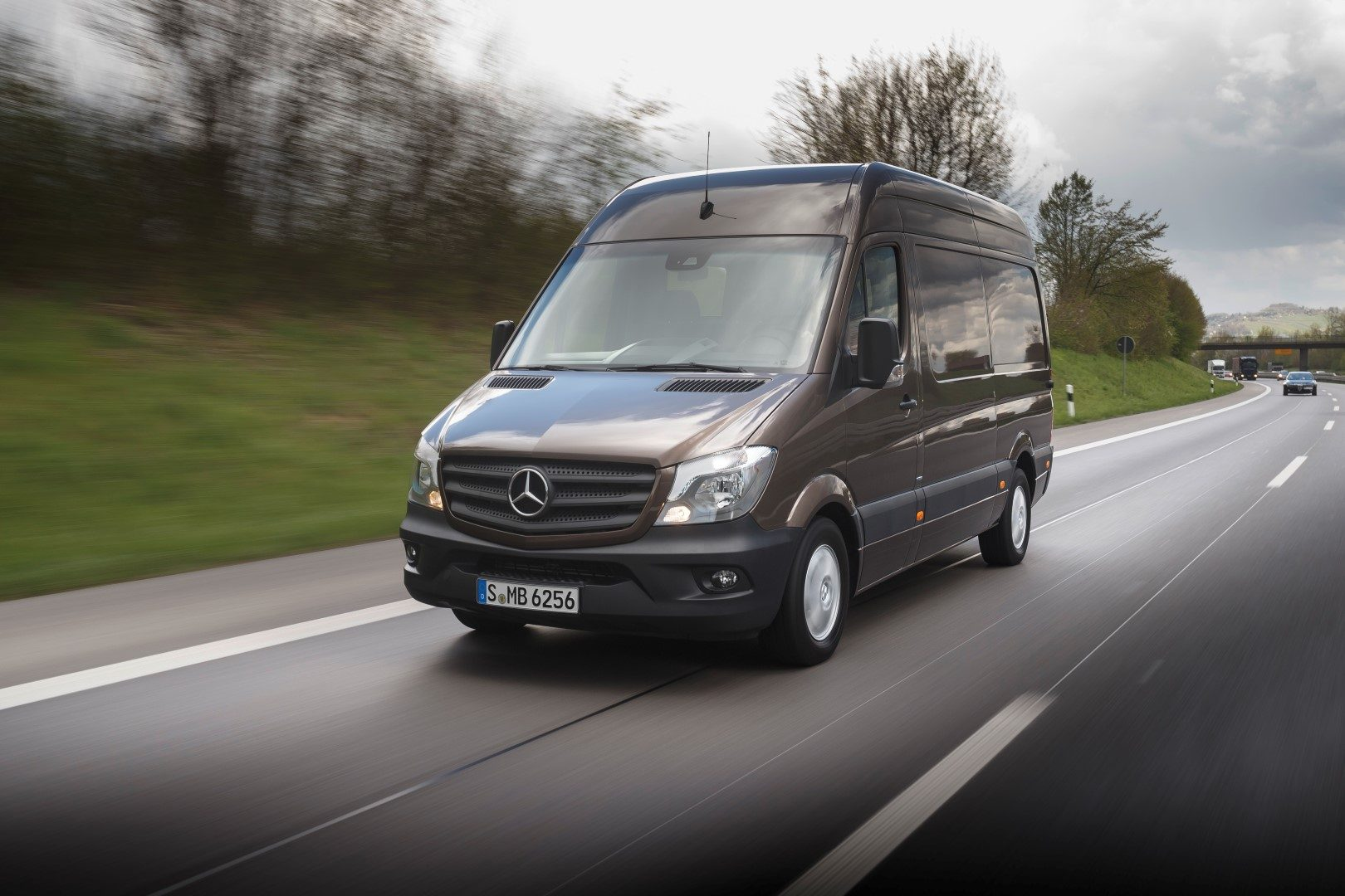 Mercedes benz vans bestelauto 39 s in q1 2017 for Sprinter mercedes benz 2016